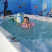 上海0-6岁儿童游泳游泳池图片