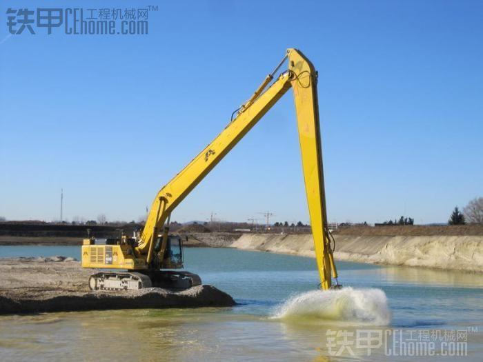 供应小松220挖掘机加长臂