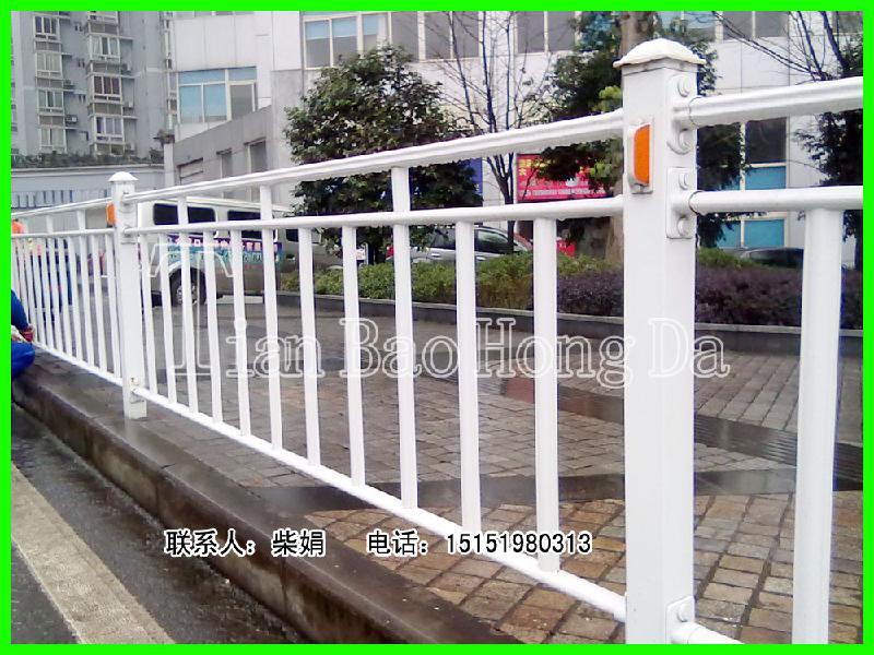 江苏常州吉林机非人行道护栏中心护栏生产供应商 高清图片