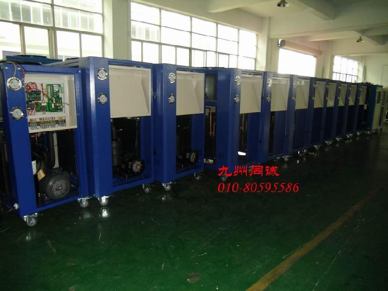 供应水冷式冷水机