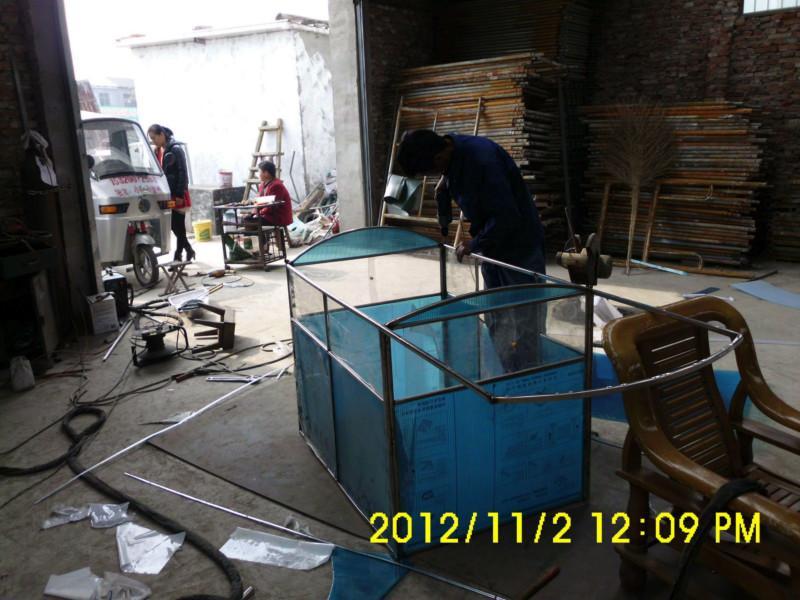 制作 三轮车/供应电动三轮车车棚制作