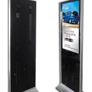 32寸立式广告机图片