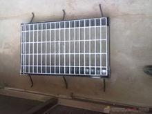 供应低价雨水篦子水沟盖板镀锌钢格板钢格栅板批发