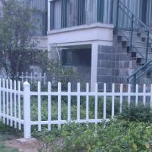 供应泉州烤漆别墅阳台护栏学校楼梯护栏热浸锌钢防护窗工厂道路公园围栏图片