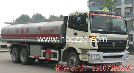 供应欧曼6X4运油车图片