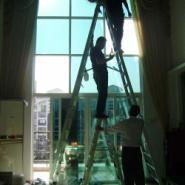 建筑防爆玻璃贴膜是一种健康节能的图片
