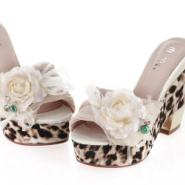 供应名牌女鞋 美妮斯高档丝绸优雅花朵豹纹防水台女拖鞋