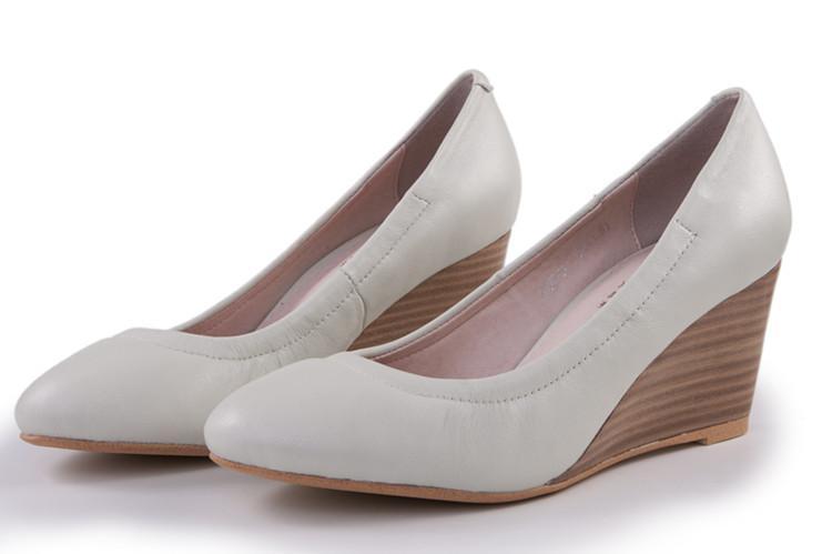 供应女单鞋 女单鞋批发新款坡跟牛皮女单鞋黑色真皮女鞋高跟圆头浅口单鞋