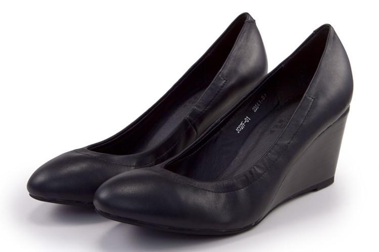 供应跛跟单鞋