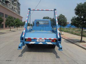 供应东风摆臂式垃圾车