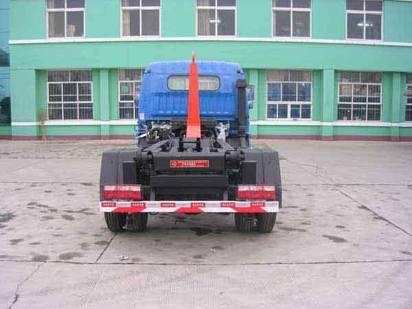 供应厂家直销车厢可卸式垃圾车,拉臂车,钩臂车