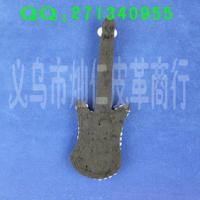 EPA0242吉他型珍珠衣饰胸花