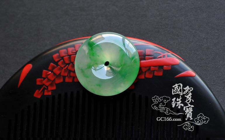 ...玉饰物和玉陈设成为玉雕艺术的主要品类战国至两汉的玉器是玉...