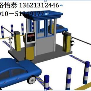标准近距离简易停车场刷卡系统图片