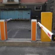 停车场系统是如何工作的图片