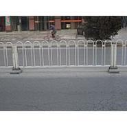 护栏道路护栏围墙胡护栏价格图片