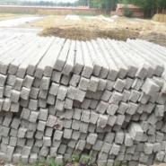 水泥柱围栏护林柱生产制造商图片