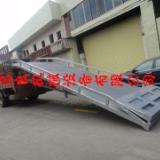 供应汽车叉车专业装卸桥生产厂