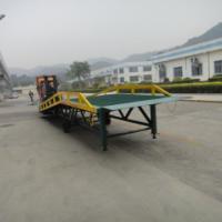 供应东莞横沥叉车装卸移动式登车桥  从地面直接行驶至车厢的专用设备