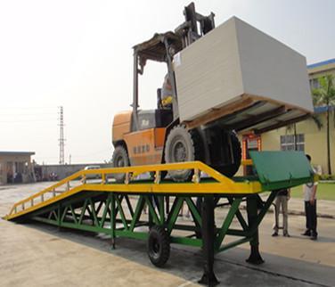 供应江门蓬江移动平台供货商/叉车装卸车台找三良机械