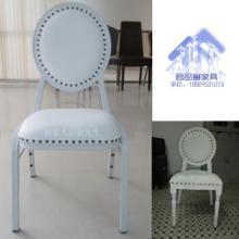 供应高端白色仿木制餐椅批发