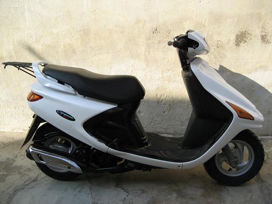 供应雅马哈飞鹰125 雅马哈摩托车 踏板摩托车 摩托车报价