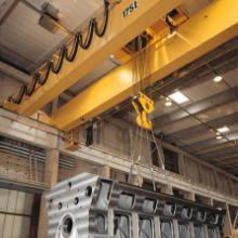 供应5-10吨QD型吊勾桥式起重机图片