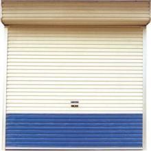 车库上翻门安装黄岛区易凯设备自动门窗厂常年定做安装车库门卷闸门批发