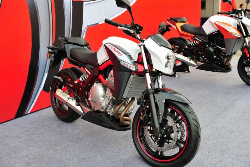 摩托车 供应商 生产供应 春风 cf650 nk摩托车 超高清图片