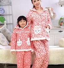 2013童装亲子装冬季套装珊瑚绒儿童睡衣女童法兰绒家批发