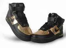 耐克AF1板鞋个性高帮男板鞋;一口价180元。批发