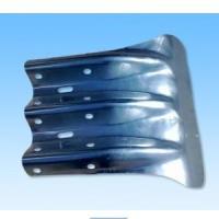 供应高速护栏板端头 三波护栏板专用鱼尾端头