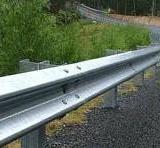 供应波形梁钢护栏 两波波形护栏、三波波形梁护栏