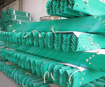 供应山东喷塑护栏板产生厂家电话13396355666图片