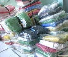 供应上海服装厂回收上海男装回收女装童装牛仔服运动服休闲服批发
