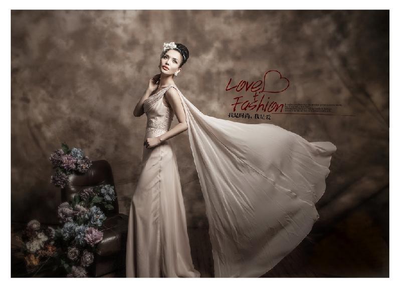婚纱供货商_郑州品牌影花嫁盛典在新的拍