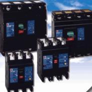 专业生产常熟塑壳断路器CM1系列图片