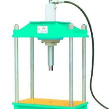 供应四柱手动液压压力机