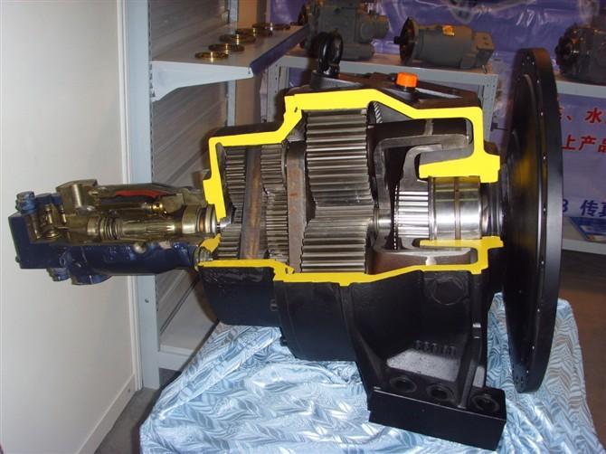 供应混凝土搅拌车液压泵马达减速机配图片