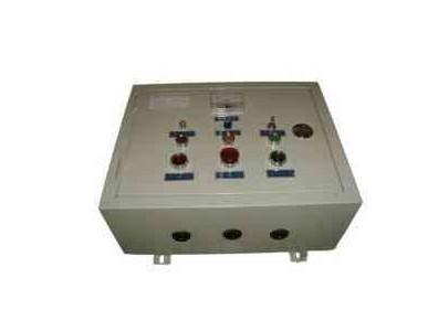 挂壁式控制箱