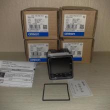 供应E5CC-RX2ASM-800欧姆龙温度控制器原装现货