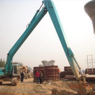 挖掘机两段加长臂专业定做20米图片