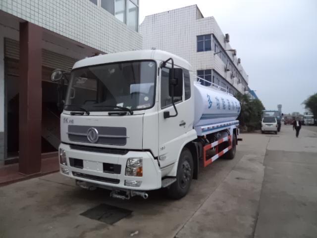 供应东风天龙18吨洒水车国四排放图片