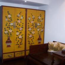供应实木大衣柜 实木家具 明清古典家具 描金彩绘家具 软包家具