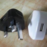 亚天CE认证英规充电器USB火牛 足5V1A电源适配器厂家 旅充