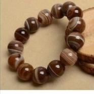 供应惠州咖啡色玛瑙圆珠生产厂家,惠州咖啡色玛瑙圆珠批发价格