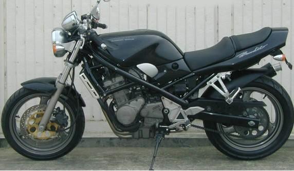 铃木新款盗匪400vc摩托车专卖店销售