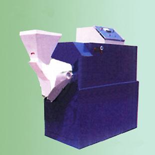 供应饲料加工机械图片