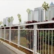 防撞护栏福田防撞甲型护栏设计厂图片