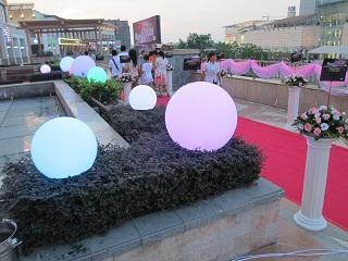 供应全彩水晶月亮球庆典LED启动球